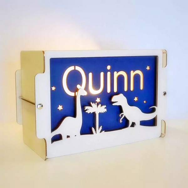 Het Houtlokael kraamcadeau houten nachtlampje met naam